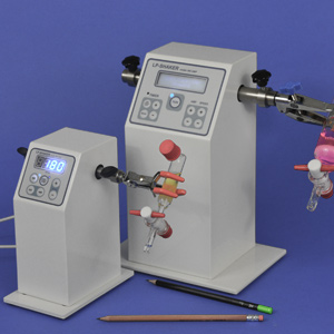 Laboratory shakers and stirrers